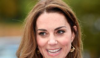 Mary Berry bringt Herzogin Kate in TV-Show zum Kichern. (Foto)