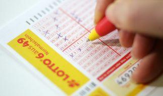 Lottospielen wird ab Herbst 2020 um 20 Prozent teurer. (Foto)