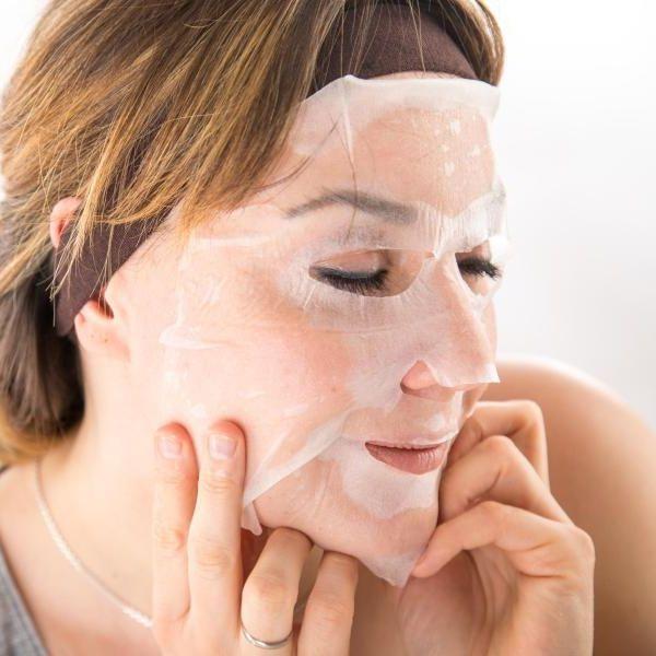 Abgeschmiert!Lösliches Plastik in jeder ZWEITEN Gesichtsmaske (Foto)