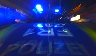 Ein 39-jähriger Mann hat in Rostock den Mord an seinen Eltern gestanden (Symbolbild). (Foto)