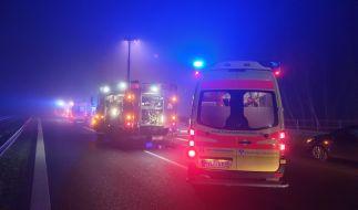 Bei etlichen Nebelunfällen sind in der Silvesternacht mehrere Menschen verletzt worden (Symbolbild). (Foto)