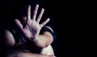 In Wismar wurde eine Frau brutal vergewaltigt. (Foto)