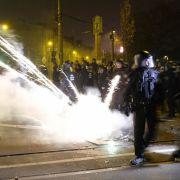 Vorwurf des versuchten Mordes bleibt bestehen nach Brutalo-Attacke auf Polizisten (Foto)