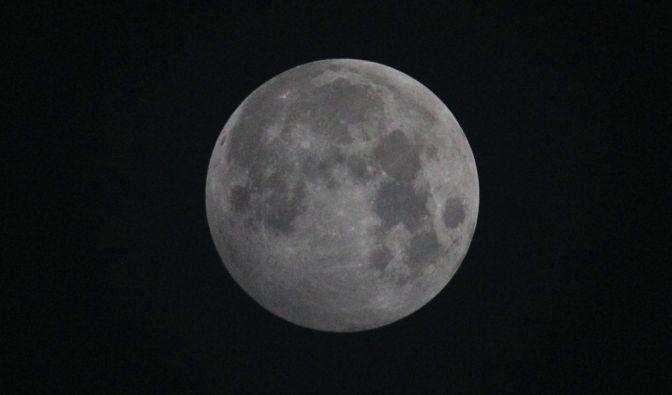 Halbschatten-Mondfinsternis am 10.01.2020