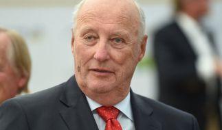 Sorge um König Harald V. von Norwegen: Der Monarch liegt im Krankenhaus. (Foto)