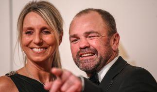 Sven Ottke mit Freundin Monic Frank (Foto)