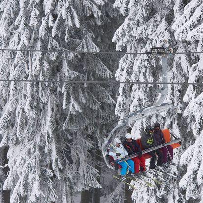 9-Jährige stürzt aus Skilift! War es ein Unfall? (Foto)