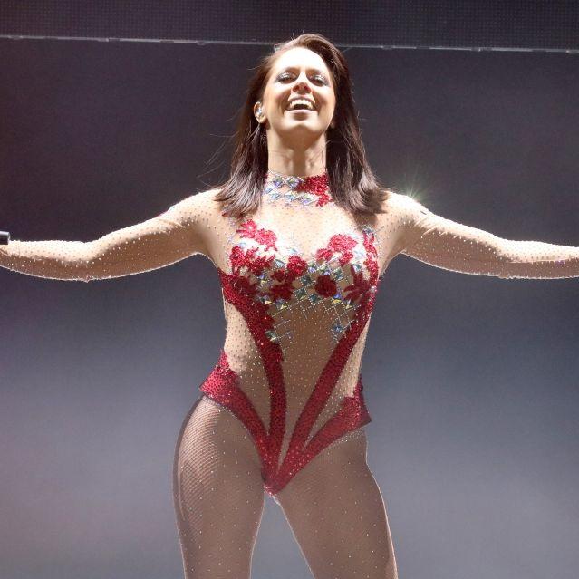 Heiße Werbung! Für ihr neues Album lässt die Sängerin tief blicken (Foto)