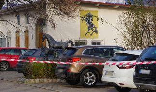 In Güglingen bei Heilbronn ist ein 15 Jahre alter Junge getötet worden, Bruder und Vater des Teenagers seien der Polizei zufolge schwerstverletzt. (Foto)