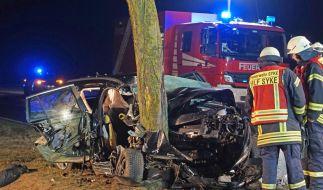 In Syke (Niedersachsen) sind drei Menschen bei einem Autounfall ums Leben gekommen. (Foto)