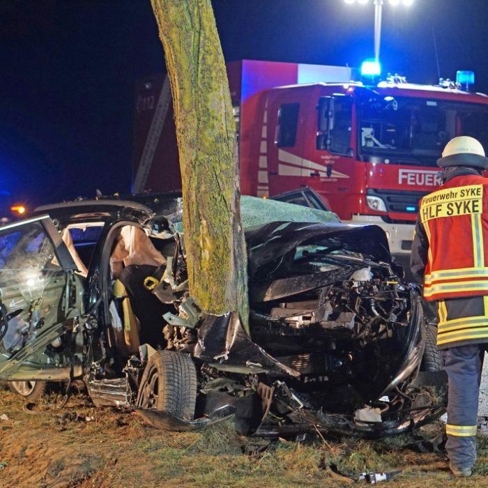 Drei Menschen tot nach schrecklichem Auto-Crash (Foto)