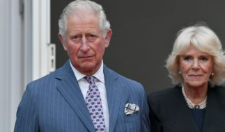 Ärger für Prinz Charles und Herzogin Camilla: Hat das britische Thronfolgerpaar tatsächlich einen heimlichen Sohn? (Foto)