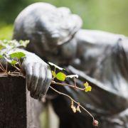 Moderatoren-Legende mit 96 Jahren gestorben (Foto)