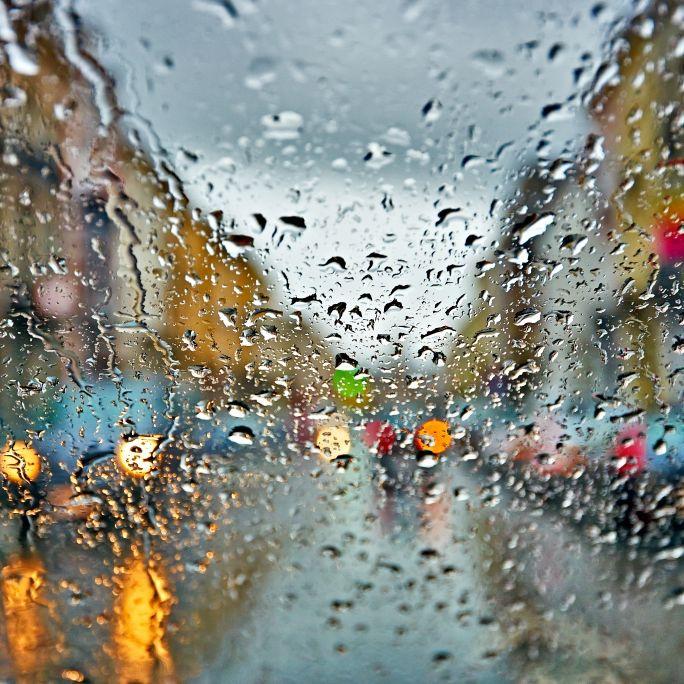 Sturmfront rollt über Deutschland! Wetterdienst warnt vor Dauerregen (Foto)