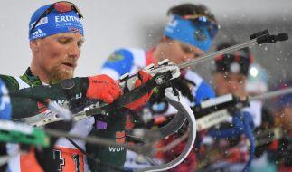 Biathlet Erik Lesser (li.) wird bei der Biathlon-WM 2020 in Antholz an den Start gehen. (Foto)