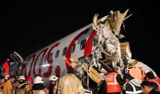 Bei einem Flugzeugunglück in Istanbul sind mindestens drei Menschen ums Leben gekommen. (Foto)