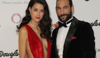 Rebecca Mir und Massimo Sinato zeigen sich intim auf Instagram. (Foto)