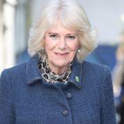 DIESE Krone vererbt Queen Elizabeth II. Prinz Charles' Frau (Foto)