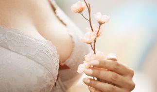 In England hat sich eine Frau (22) mit vier Brüsten operieren lassen. (Foto)