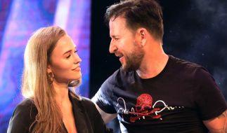 """Laura Müller und Michael Wendler. Die Partnerin des Schlagersängers nahm 2020 an """"Let's Dance"""" teil. (Foto)"""