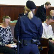 Tochter (13) qualvoll gestorben - Eltern zu Haftstrafe verurteilt (Foto)