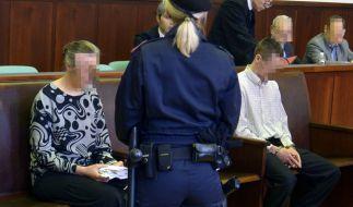 Ein deutsches Elternpaar musste sich in Österreich vor Gericht verantworten, weil es seine 13-jährige Tochter laut Anklage ohne notwendige medizinische Hilfe sterben ließ. (Foto)