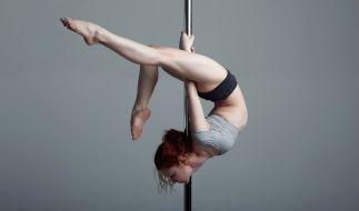 Für eine Pole-Tänzerin endete ein Bühnensturz mit gebrochenem Kiefer und ausgeschlagenen Zähnen - doch sie tanzte einfach weiter (Symbolbild). (Foto)