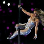 Für DIESEN freizügigen Leo-Look erntet J.Lo einen Shitstorm (Foto)