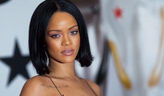 Rihanna präsentiert ihre neue Unterwäsche-Kollektion gleich selbst. (Foto)