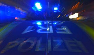 In Berlin ist ein Fußgänger von einem Polizeiauto erfasst worden und an seinen Verletzungen gestorben (Symbolfoto). (Foto)
