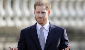 Bevor er Meghan Markle kennenlernte, bandelte Prinz Harry mit der britischen TV-Moderatorin Caroline Flack an. (Foto)