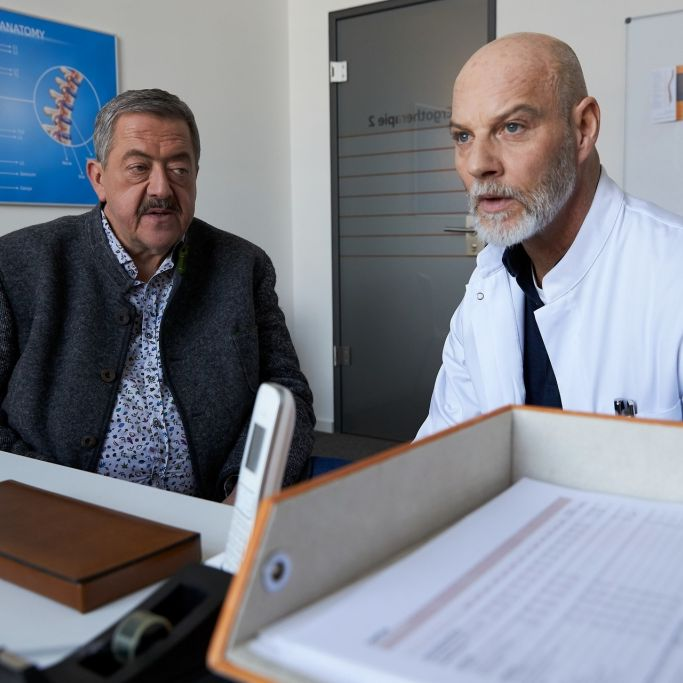 "Trauriger Abschied! ER ermittelt zum letzten Mal bei den ""Rosenheim-Cops"" (Foto)"