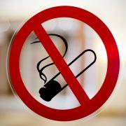 Glimmstängel weg! Experten fordern jetzt ein komplettes Rauchverbot (Foto)