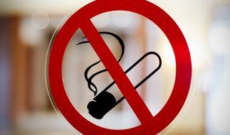 Experten fordern ein Rauchverbot für alle öffentlichen Einrichtungen. (Foto)