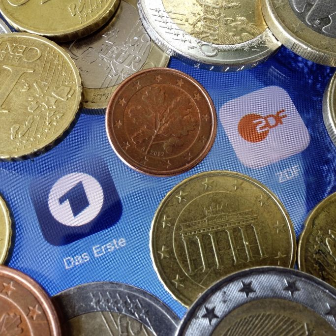 Ungeheuer teuer! Anhebung bei GEZ-Gebühr soll kommen (Foto)