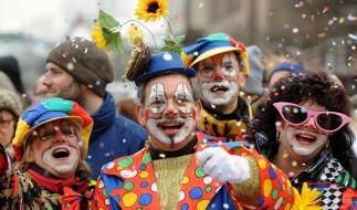 Beim diesjährigen Karneval herrscht trotz trüber Wetteraussichten Partystimmung. (Foto)