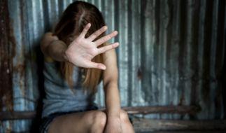 In den USA hat ein 17-Jähriger seine eigenen Schwester vergewaltigt und geschwängert. (Symbolbild) (Foto)