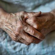 Rentnerin (86) mit Hundeleine gefesselt und brutal vergewaltigt (Foto)