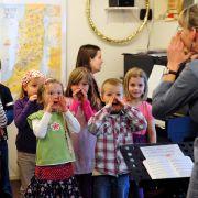 DARUM singen die Kids im Kindergarten bald Songs auf Arabisch (Foto)