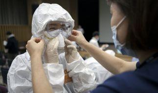 Deutschland wird Experten zufolge mit dem neuen Coronavirus dauerhaft leben müssen. (Foto)