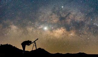 DAS hält der März für Sternengucker bereit. (Foto)