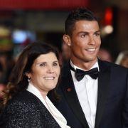 Schock für CR7! Mutter von Fußball-Star erleidet Schlaganfall (Foto)