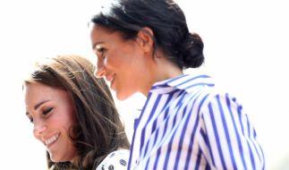 Alles nur Schauspiel? Kate Middleton und ihre Schwägerin Meghan Markle sollen sich alles andere als gut verstehen. (Foto)