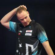 Fans in Sorge! Darts-Star hat Pfeiffersches Drüsenfieber (Foto)