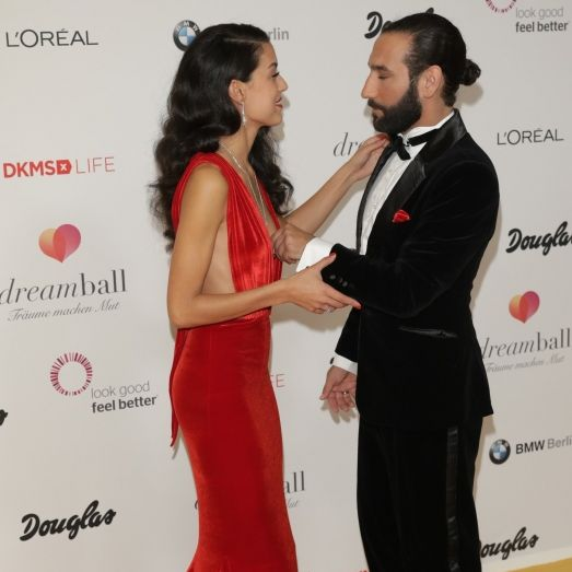 Heiße Knutscherei mit ihrem Mann! Bei diesem Bild rasten ihre Fans aus (Foto)