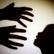 Prophet vergewaltigt und schwängert minderjährige Gläubige (Foto)