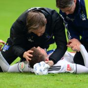 HSV-Abwehrspieler erleidet schwere Gehirnerschütterung auf dem Platz (Foto)