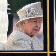 Royals bangen! Wird der Queen-Geburtstag abgesagt? (Foto)