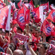 FC Bayern München siegt mit 3 : 1 in einer fairen Partie (Foto)