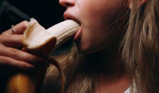 Sex gegen Coronavirus-Heilmittel: Der russische Pornostar Lola Taylor macht Forschern ein unmoralisches Angebot (Symbolbild). (Foto)